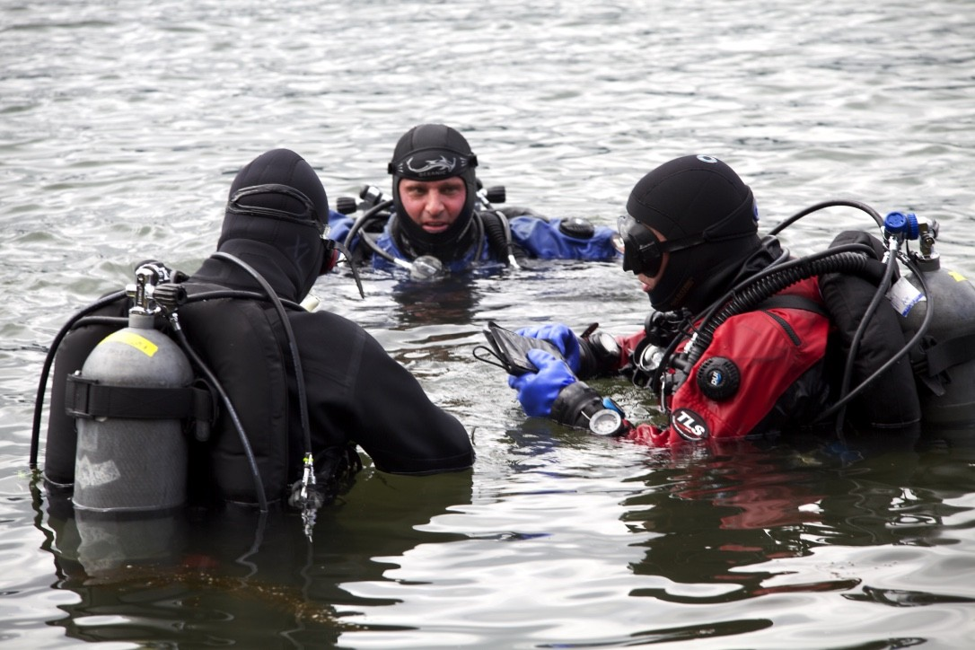 HUMAN FACTORS IN DIVING: ESSENTIALS CLASS